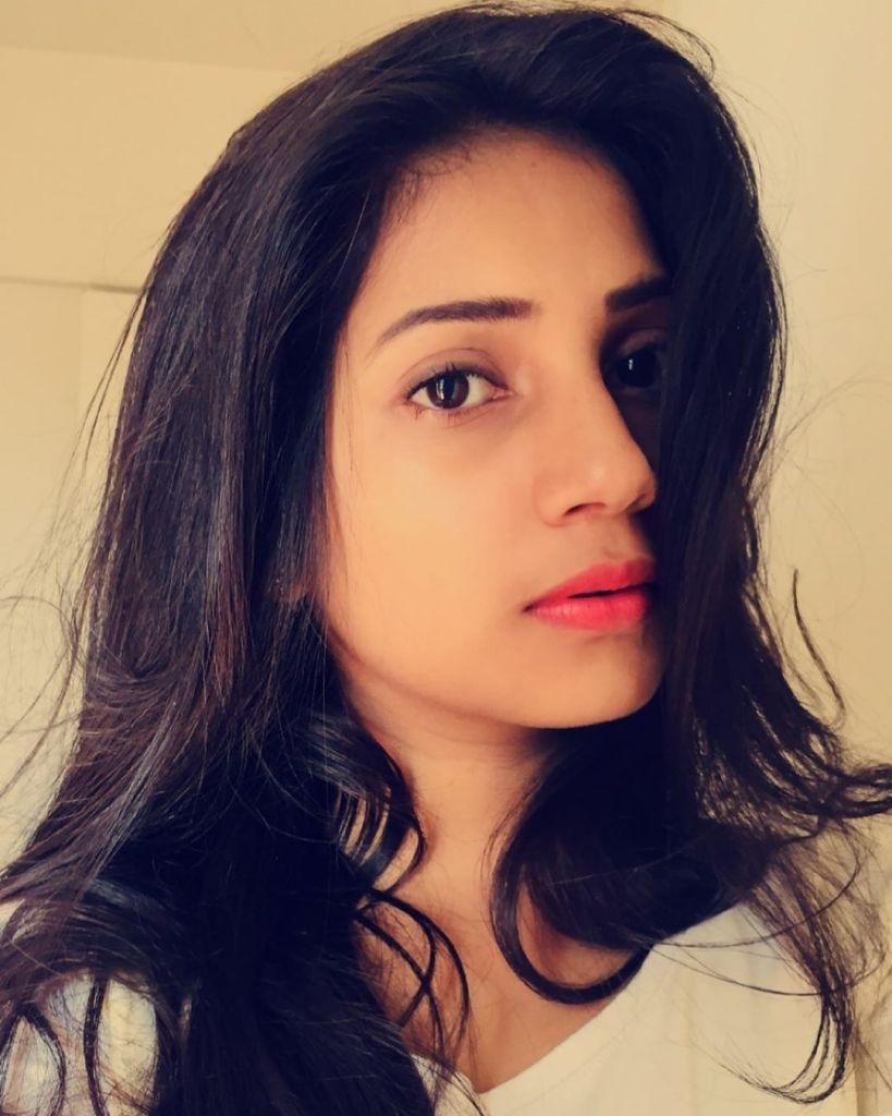 20+ Beautiful Photos of Gopika Anil 19