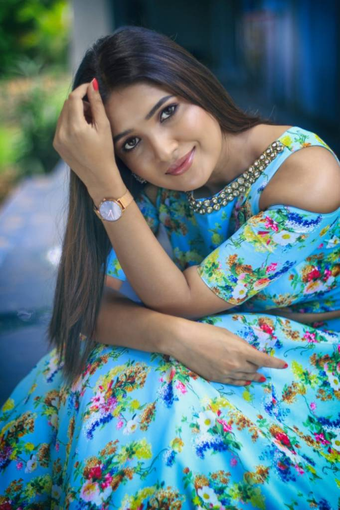 42 HD Beautiful Photos of Vani Bhojan 106