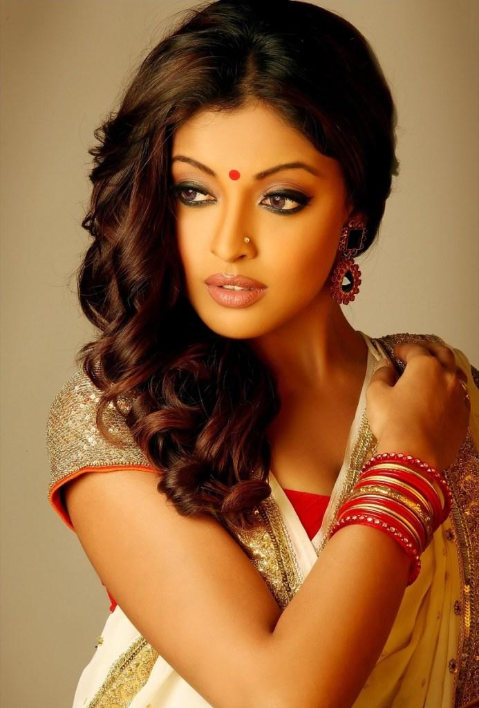 28+ Beautiful Photos of Tanushree Dutta 50
