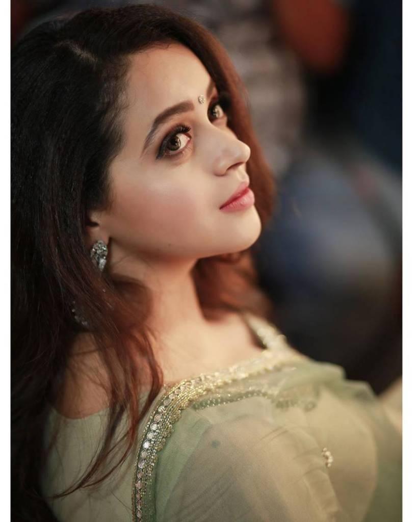 33+ Beautiful Photos of Bhavana 18
