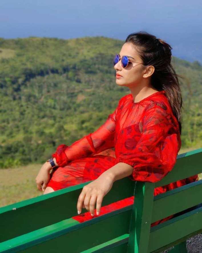 57+ Cute Photos of Aditi Ravi 24