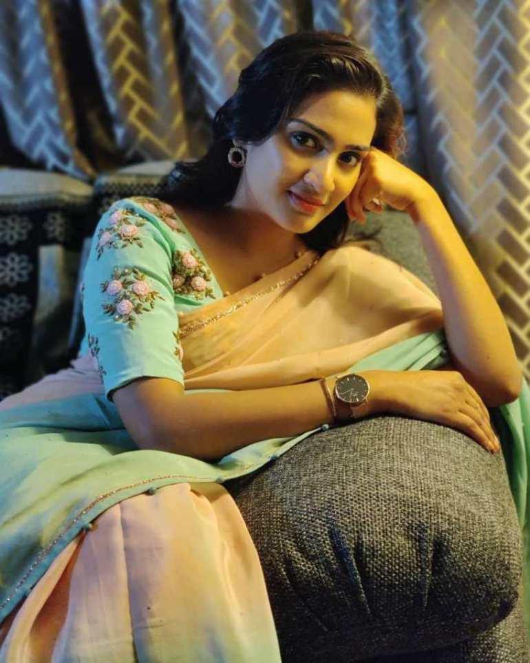 57+ Cute Photos of Aditi Ravi 50
