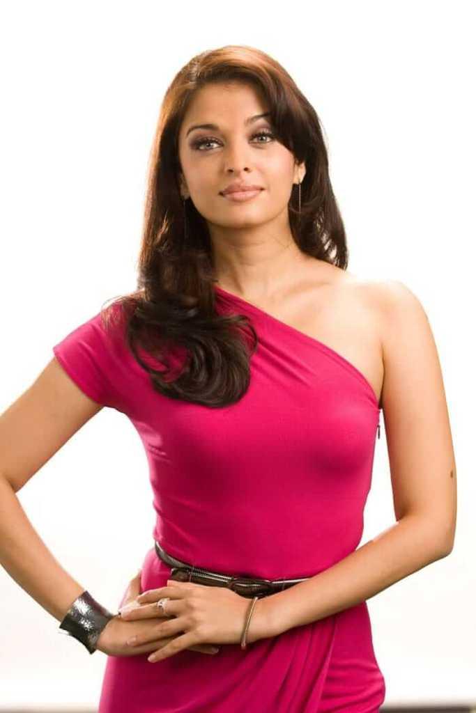 78+ Glamorous Photos Aishwarya Rai 98