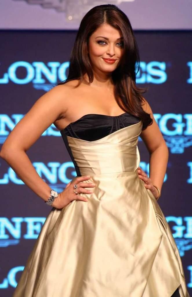 78+ Glamorous Photos Aishwarya Rai 115