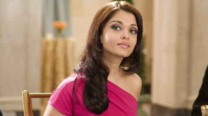 78+ Glamorous Photos Aishwarya Rai 40
