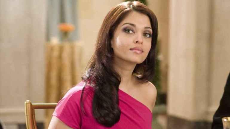 78+ Glamorous Photos Aishwarya Rai 124