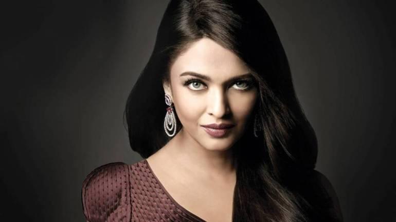 78+ Glamorous Photos Aishwarya Rai 127