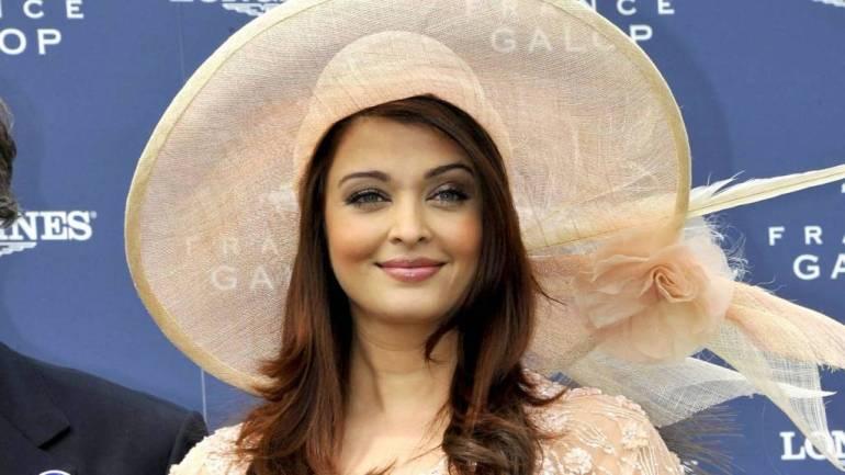 78+ Glamorous Photos Aishwarya Rai 130