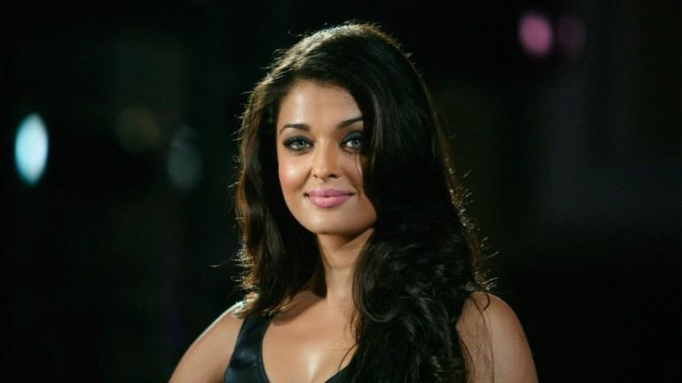 78+ Glamorous Photos Aishwarya Rai 141