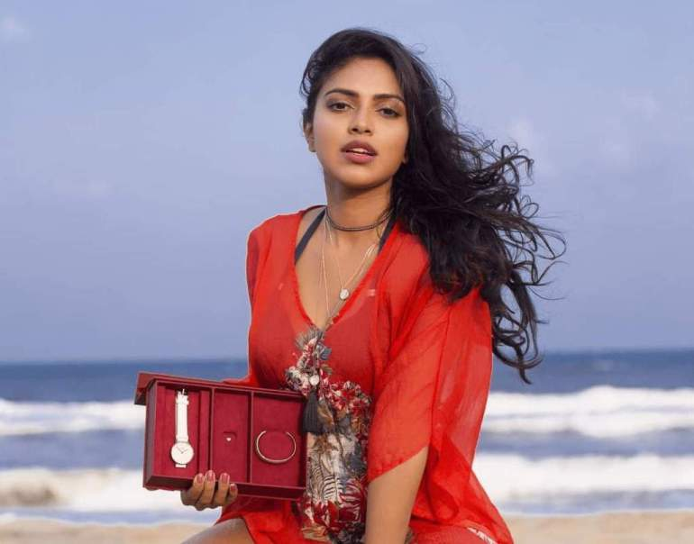 39+ Glamorous Photos of Amala Paul 3