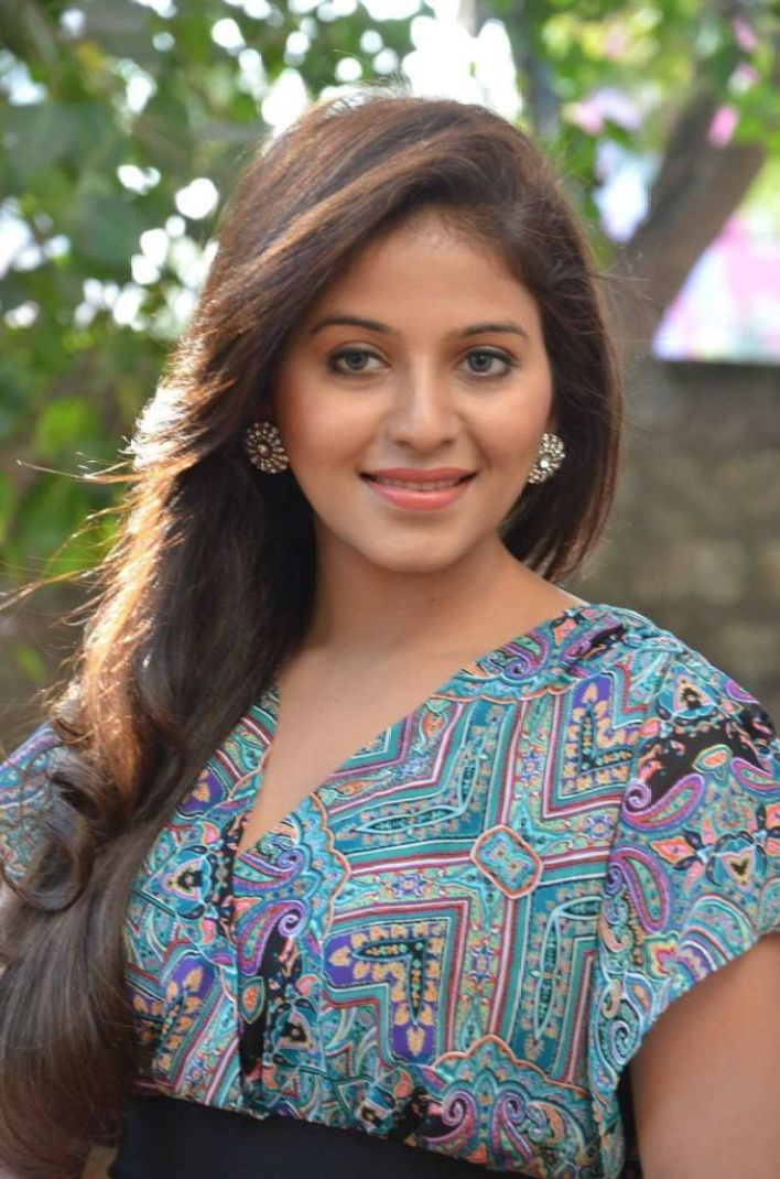 81+ Beautiful Photos of Anjali 26
