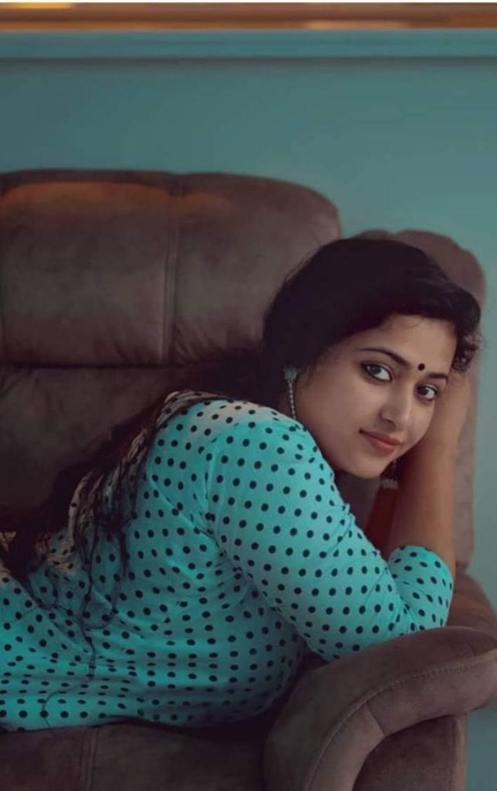 49+ Lovely Photos of Anu Sithara 20