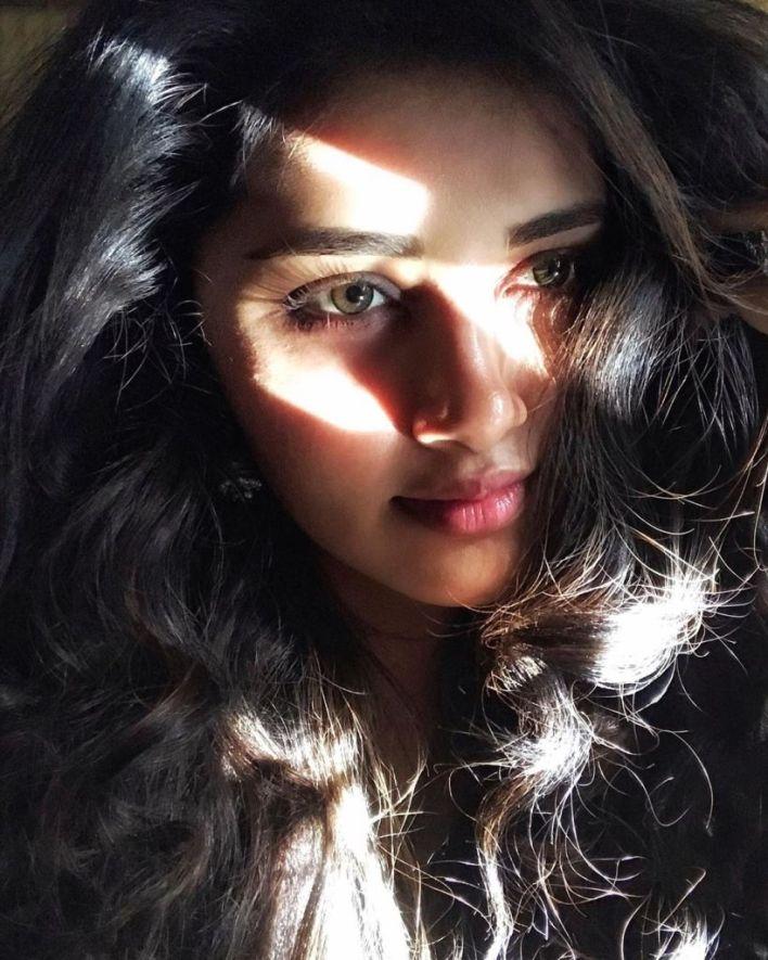 54+ Gorgeous Photos of Anupama Parameswaran 21