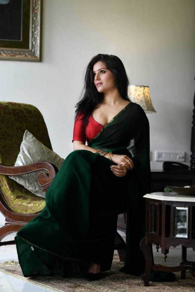 48+ Glamorous Photos of Archana Gupta 115