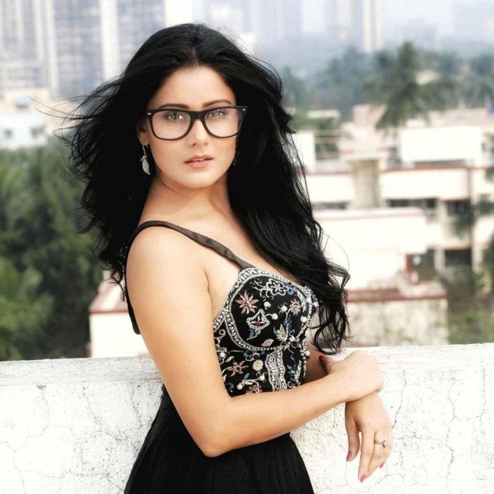 48+ Glamorous Photos of Archana Gupta 4