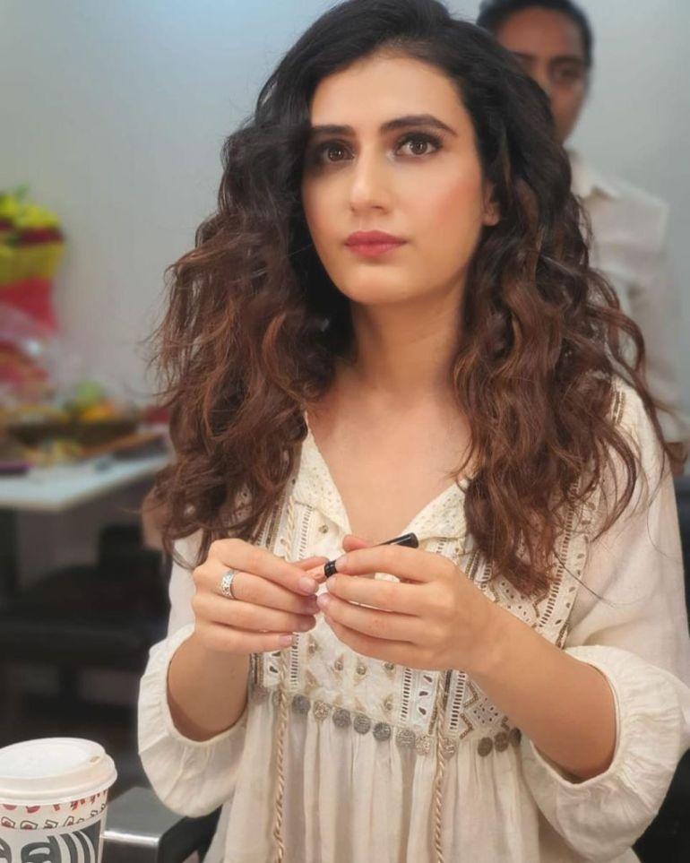 74+ Gorgeous Photos of Fathima Sana Shaikh 116