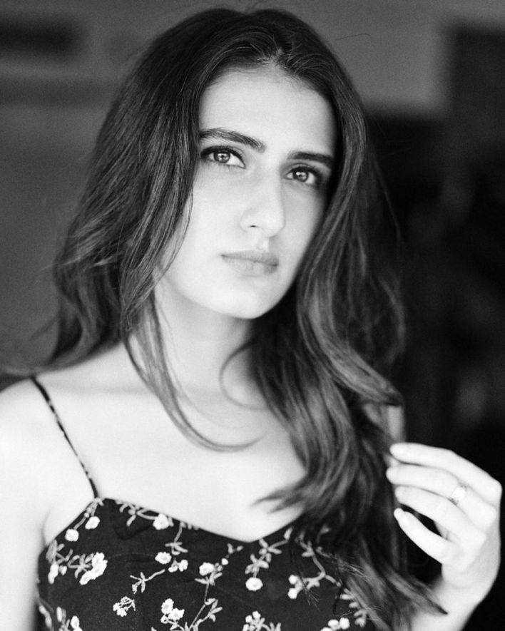 74+ Gorgeous Photos of Fathima Sana Shaikh 36