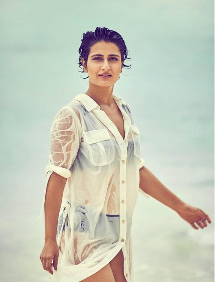 74+ Gorgeous Photos of Fathima Sana Shaikh 70