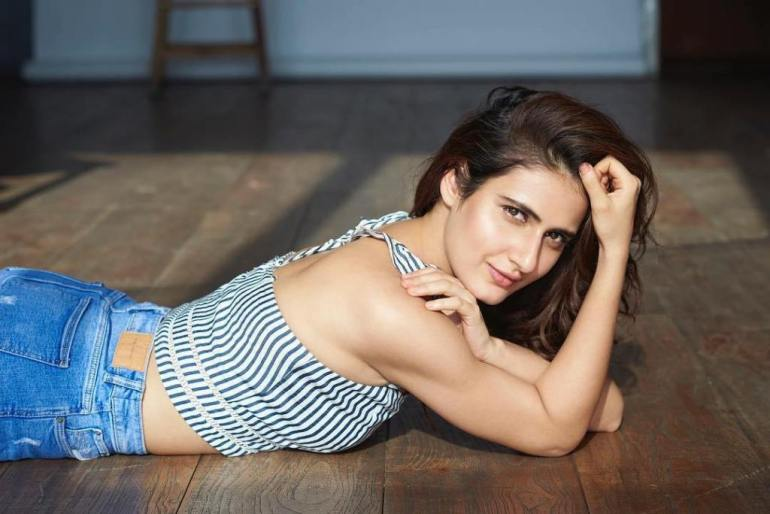 74+ Gorgeous Photos of Fathima Sana Shaikh 96