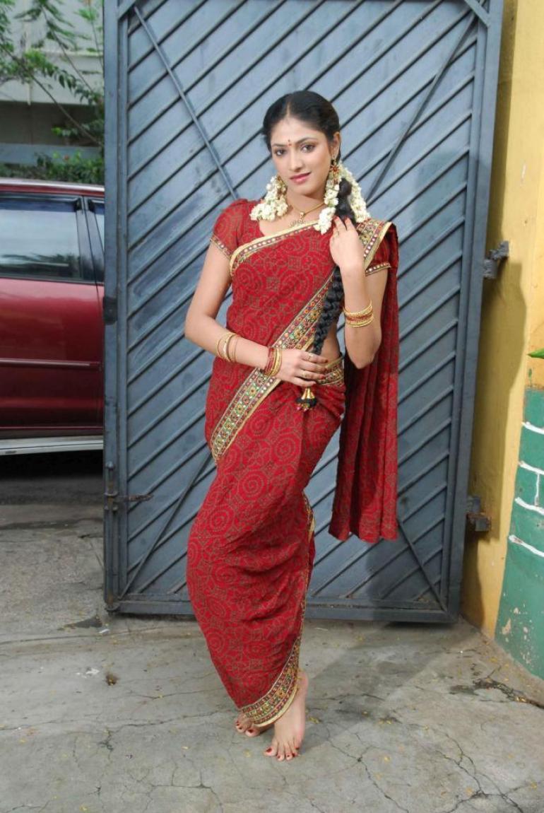50+ Stunning Photos of Haripriya 36