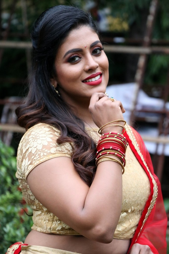 30+ Beautiful Photos of Iniya 29