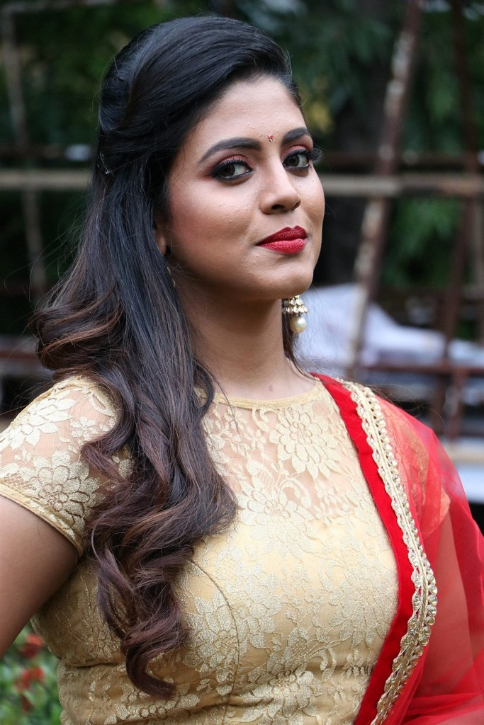 30+ Beautiful Photos of Iniya 31