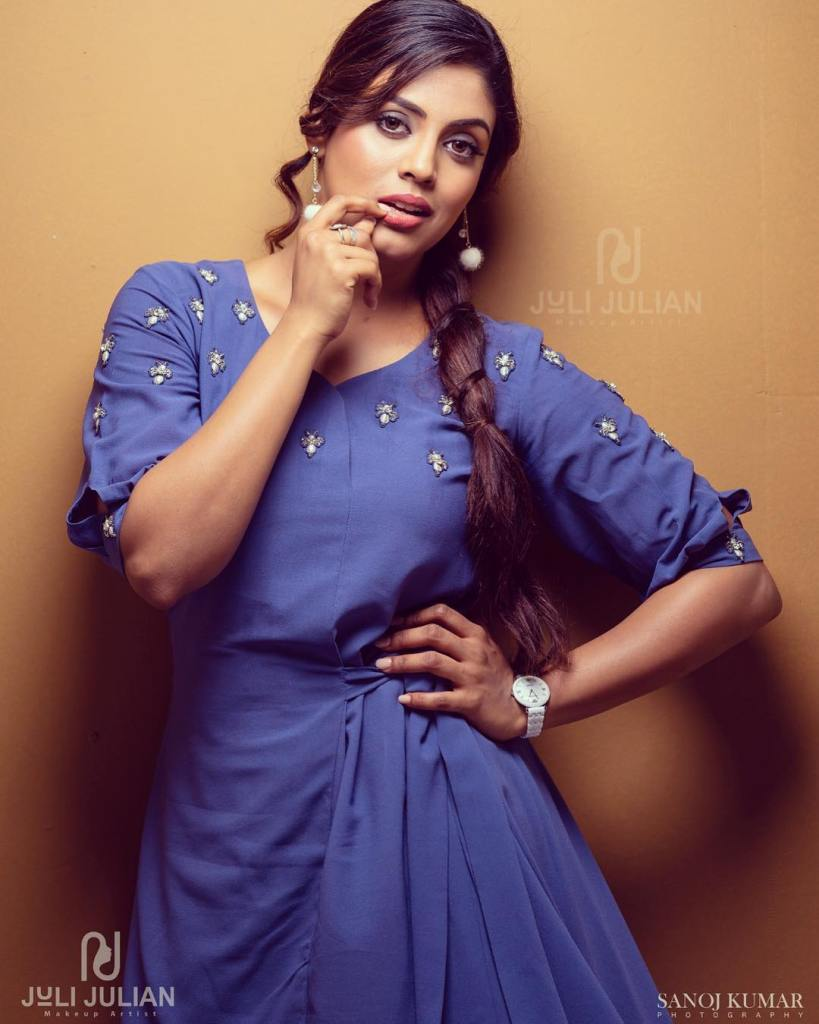 30+ Beautiful Photos of Iniya 7
