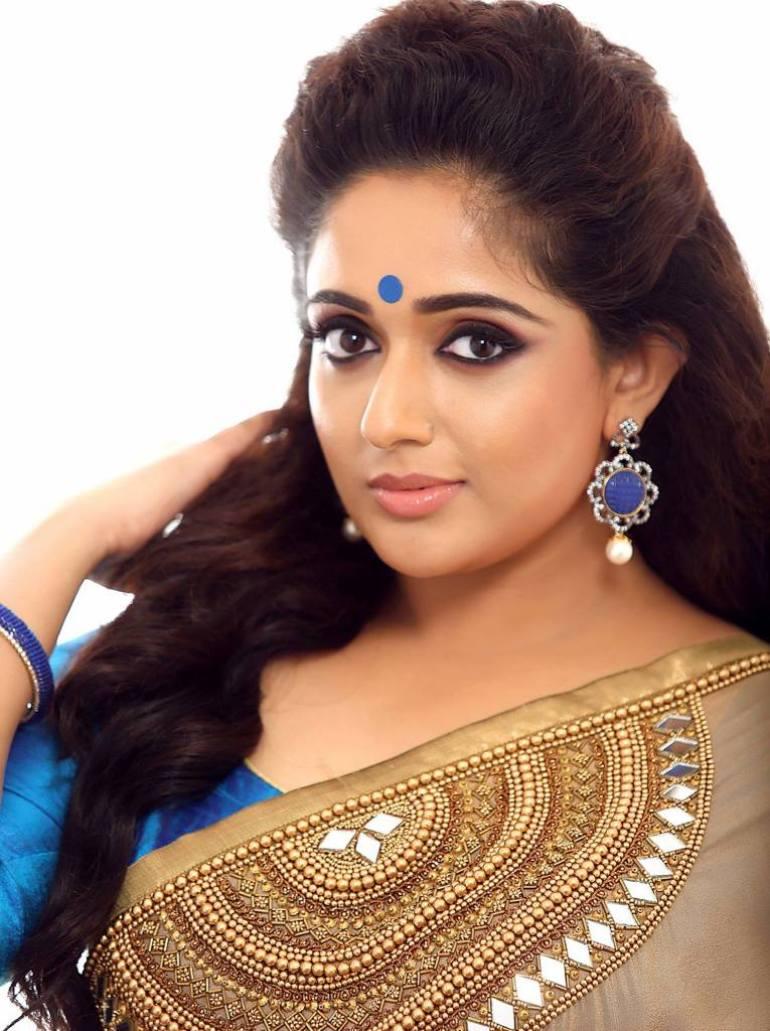 53+ Gorgeous Photos of Kavya Madhavan 26