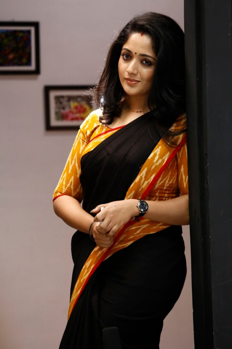 53+ Gorgeous Photos of Kavya Madhavan 42