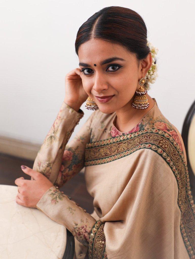 66+ Charming Photos of Keerthy Suresh 44
