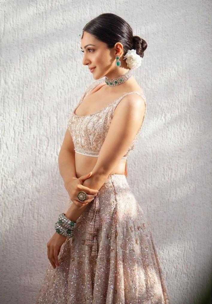 116+ Glamorous Photos of Kiara Advani 31