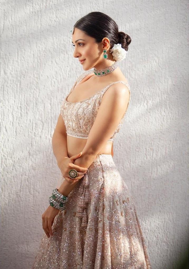 116+ Glamorous Photos of Kiara Advani 32