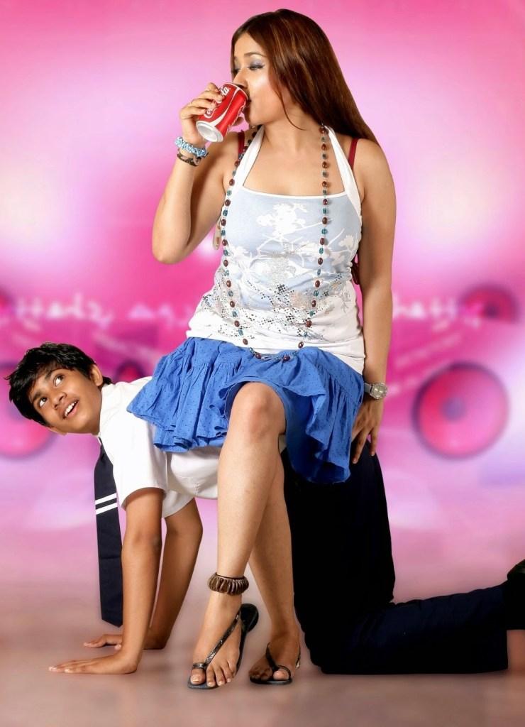 24+ Glamorous Photos of Kiran Rathod 24