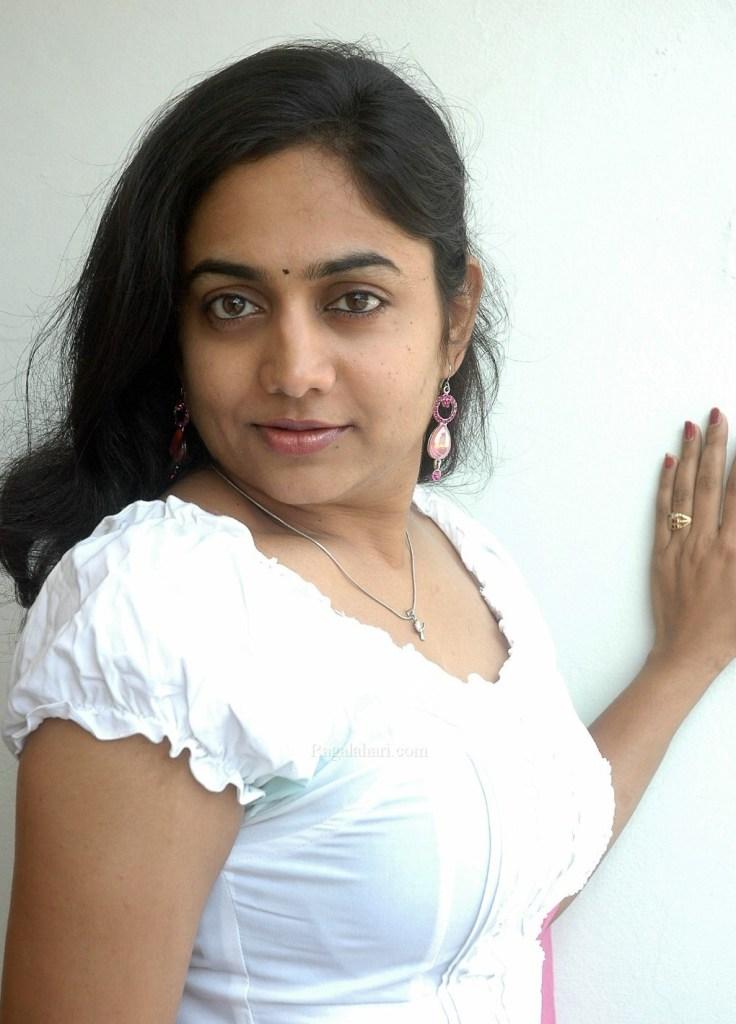 14+ Beautiful Photos of Lakshmi Sharma 11