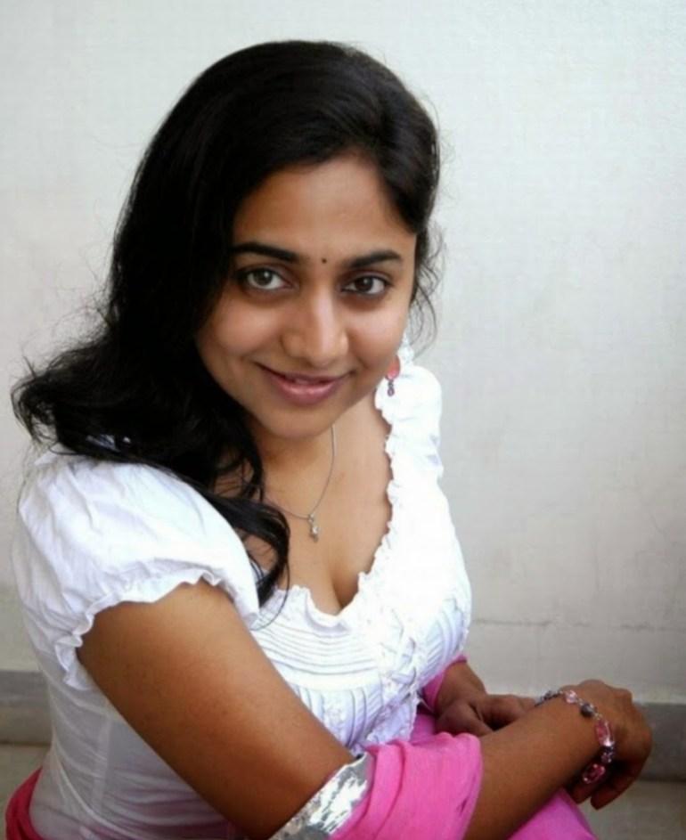 14+ Beautiful Photos of Lakshmi Sharma 13