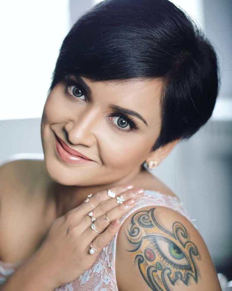24+ Beautiful Photos of Lena Kumar 3