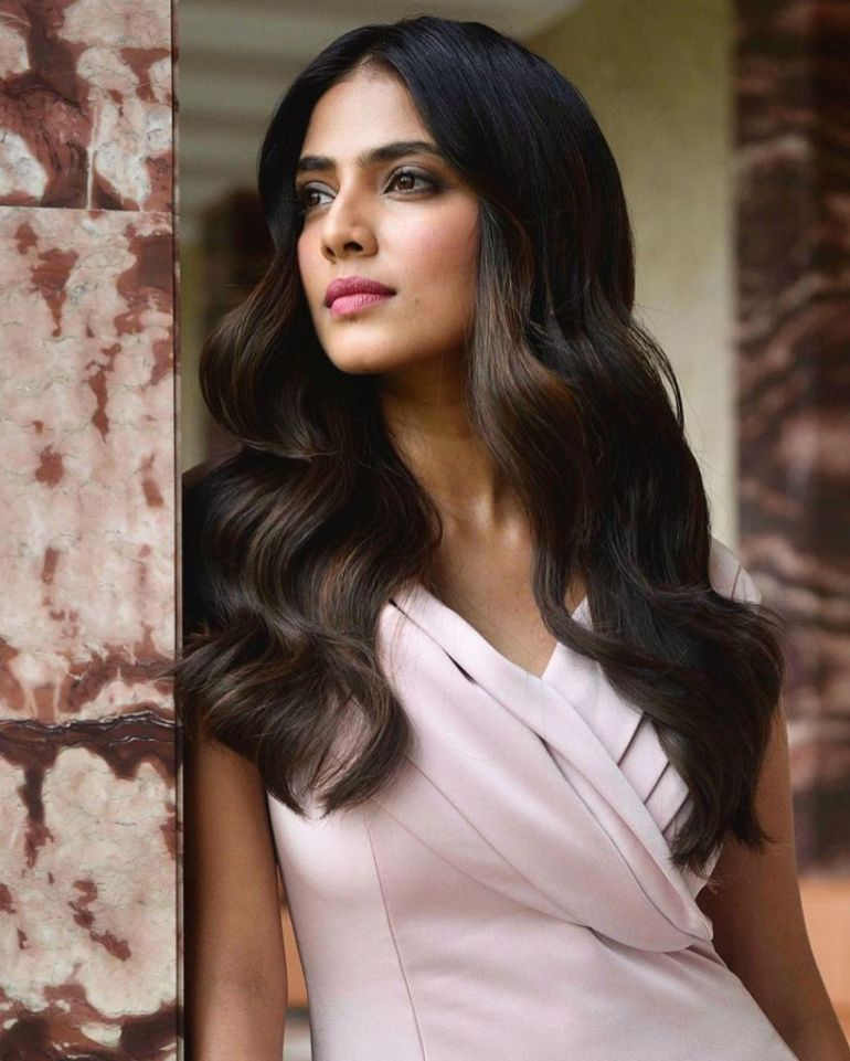 117+ Stunning Photos of Malavika Mohanan 98