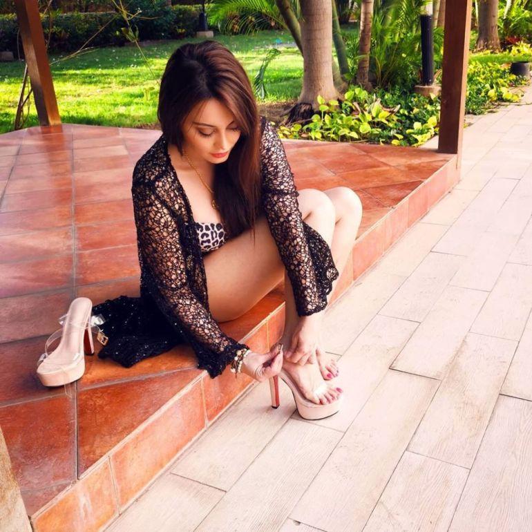 35+  Stunning Photos of Minissha Lamba 101