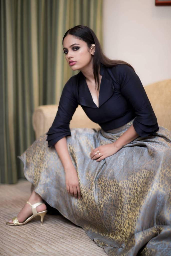 32+ Charming Photos of Nandita Swetha 33