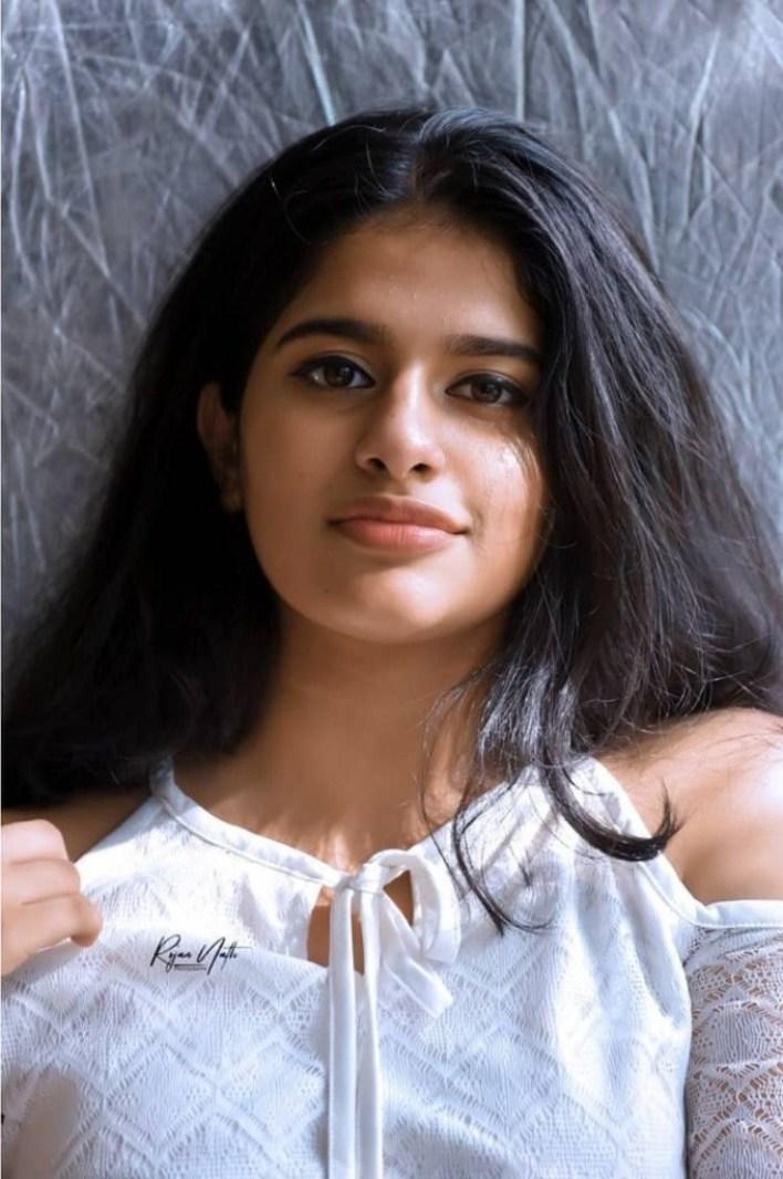 42+ Cute Photos of Nayanthara Chakravarthy 4