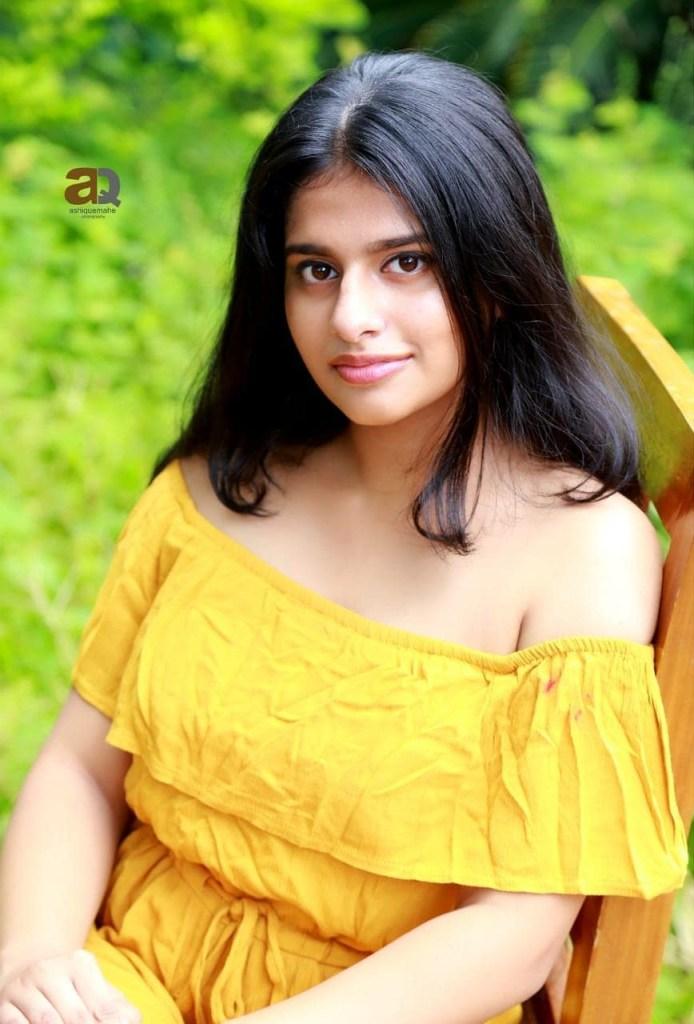 42+ Cute Photos of Nayanthara Chakravarthy 22