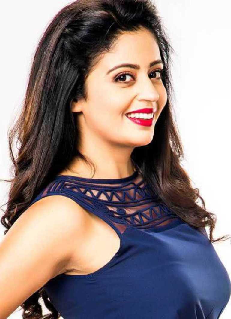 40+ Gorgeous Photos of Neha Pendse 50