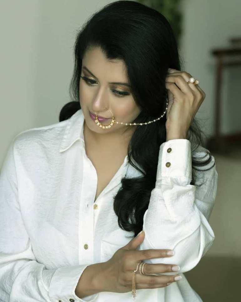 26+ Beautiful Photos of Reenu Mathews 103
