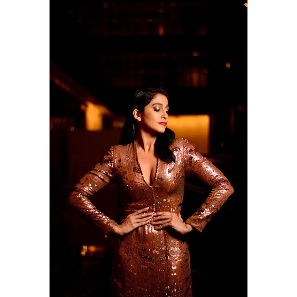 68+ Stunning Photos of Regina Cassandra 11