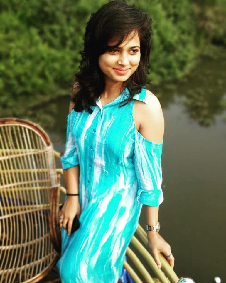 59+ Gorgeous Photos of Ramya Pandiyan 6
