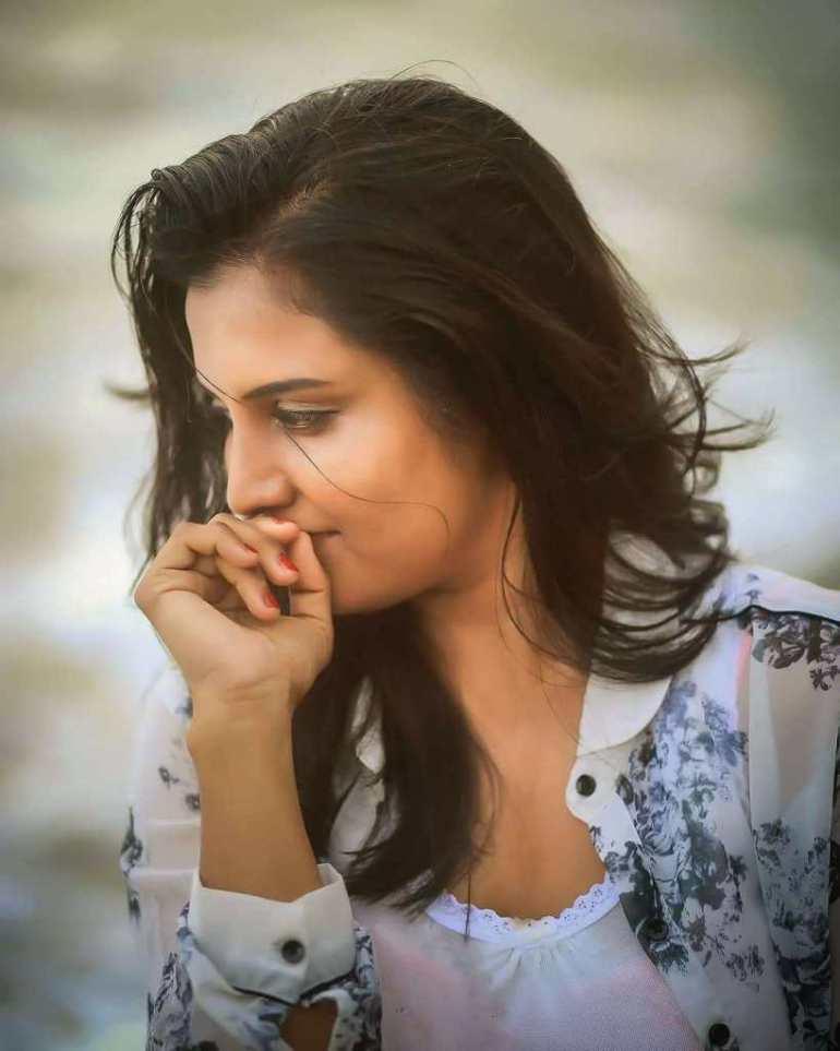 73+ Gorgeous Photos of Roshna Ann Roy 5