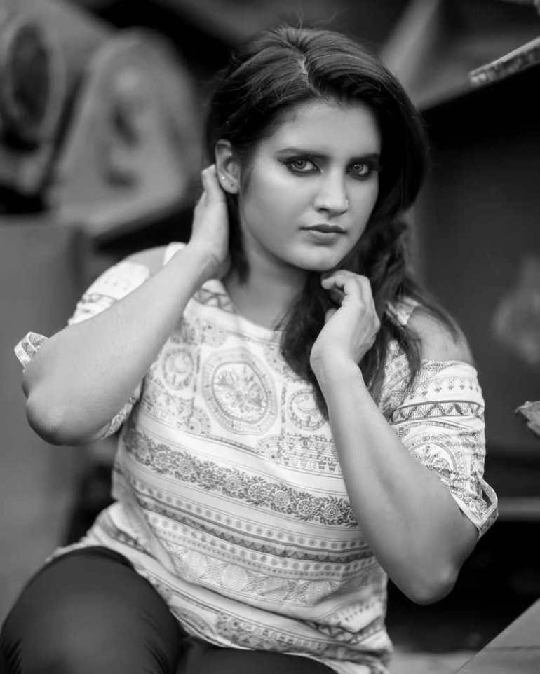 73+ Gorgeous Photos of Roshna Ann Roy 144