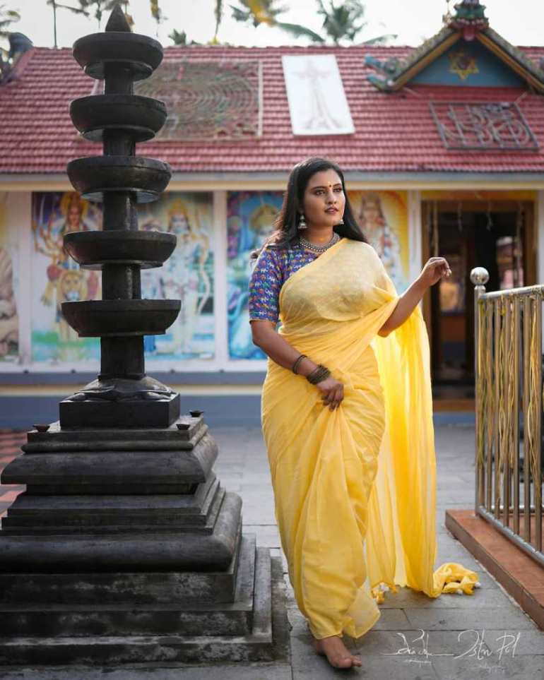 73+ Gorgeous Photos of Roshna Ann Roy 61
