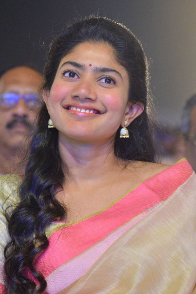 54+ Cute Photos of Sai Pallavi 31