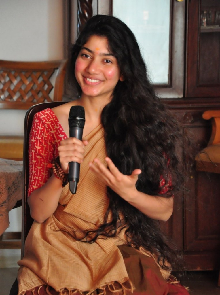 54+ Cute Photos of Sai Pallavi 53